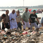 Cleaning-the-River-in-Allahabad